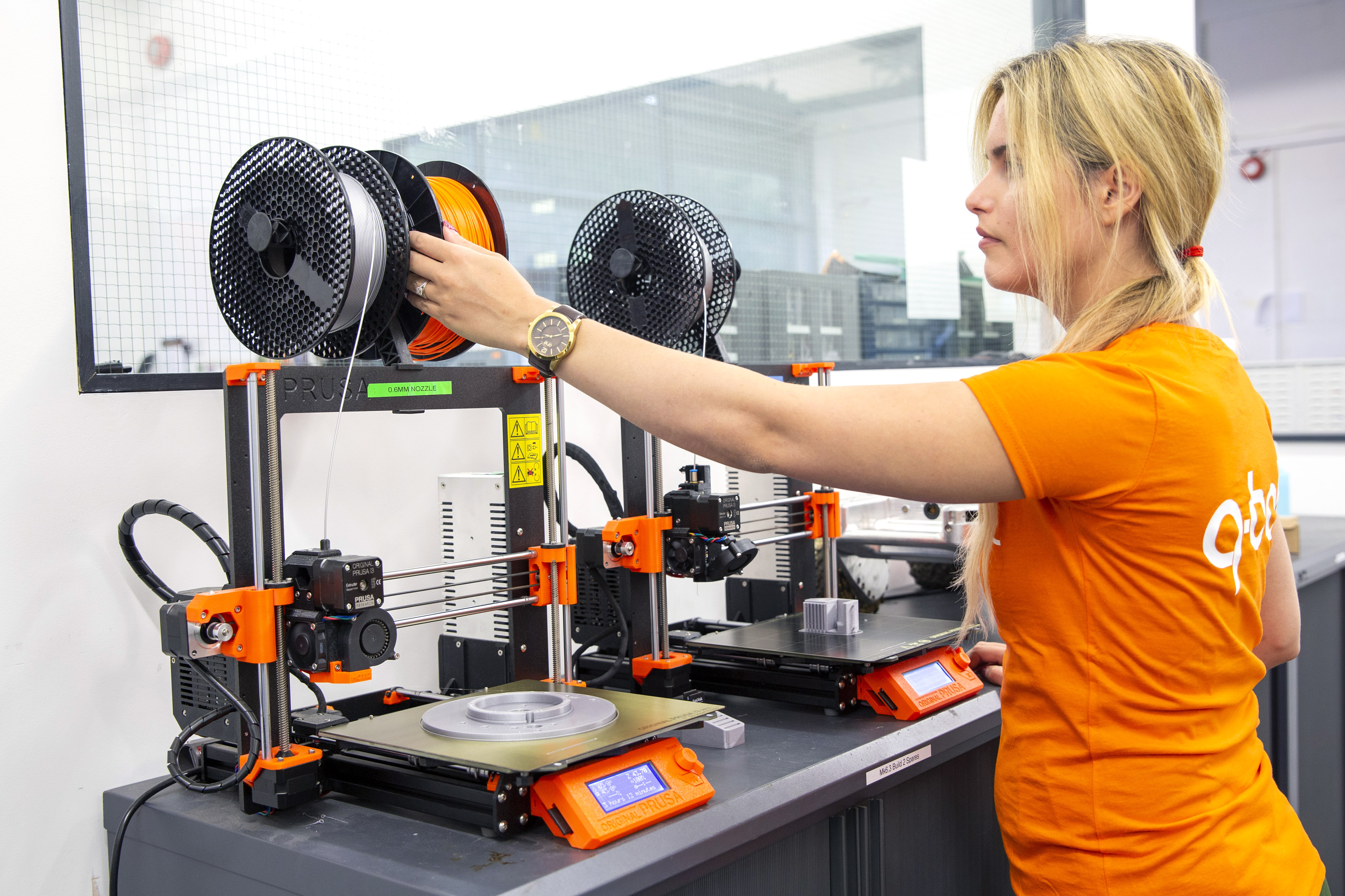 3D-printer-woman-engineer-Q-Bot